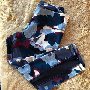 Old Navy active leggings size L